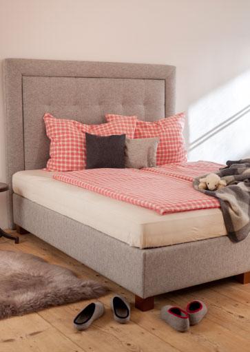 das beste f r gesunden schlaf und gesundes wohnen mit schafwolle. Black Bedroom Furniture Sets. Home Design Ideas