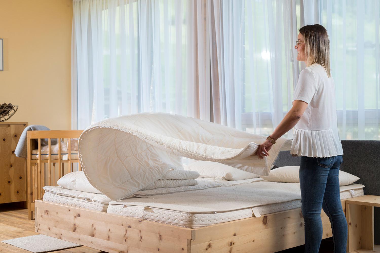 Rebecca Schett beim Villgrater Natur Bett